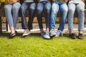 Was macht die Jeans blau